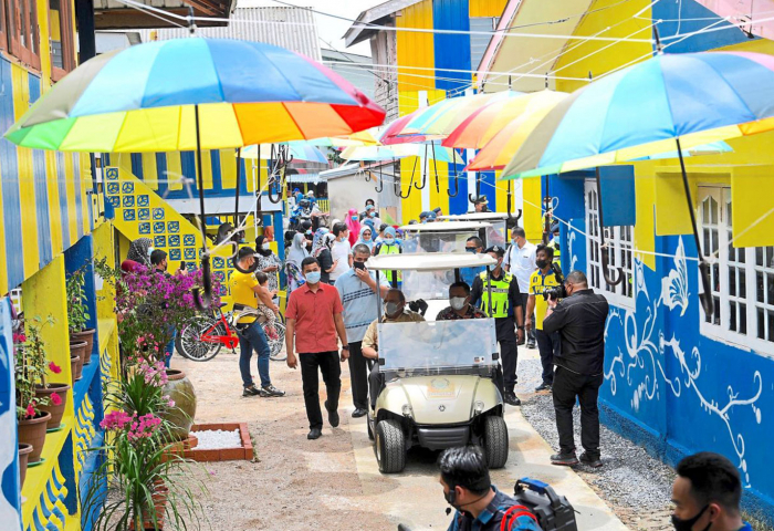 Raja of Perlis launches village transformation programme